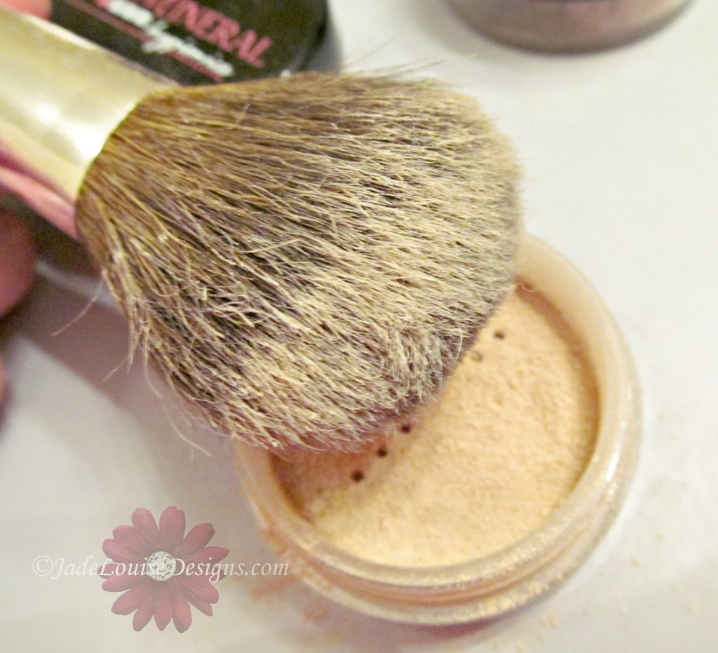 Flawless Face foundation mineral makeup brush