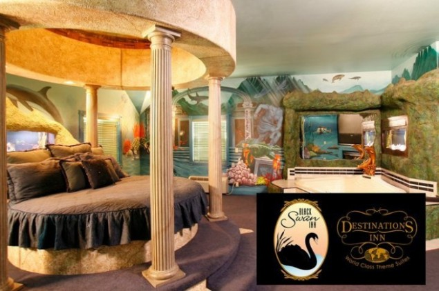 Destinations Inn and Black Swan Inn Theme suites