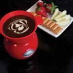 How to Fondue with Velata Chocolate Fondue and Chocolate pot.