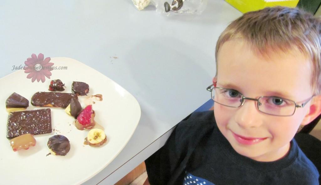 Velata Chocolate Fondue and Chocolate pot