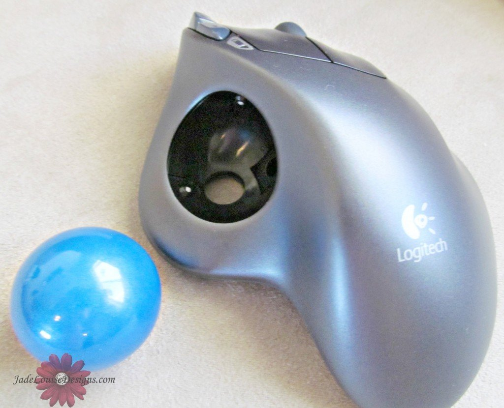Logitech trackball mouse, ergonomic mouse and Optical mouse in one