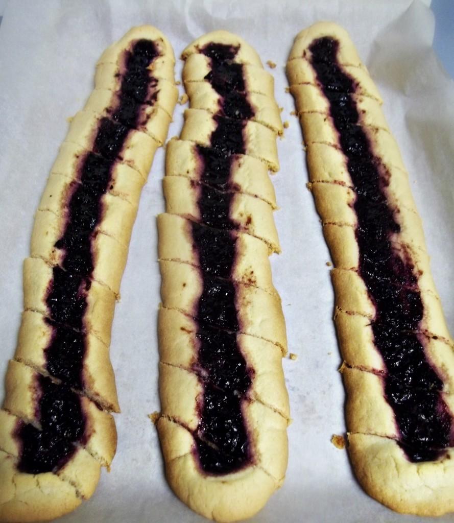 Shortbread Cookies Recipe with Jam Center, AKA Split Second cookies ...