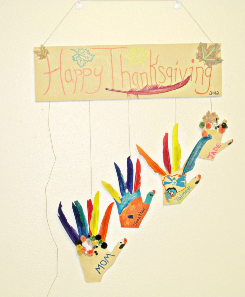 Diy thanksgiving decor kids - Thanksgiving Crafts Diy Hanging Turkey Hands Gluenglitter Kids Craft