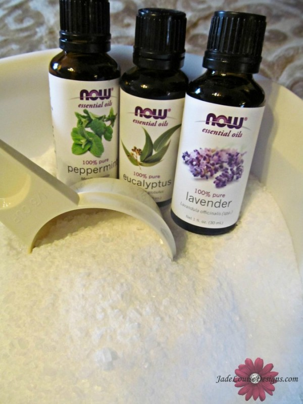 Diy pedicure at home how to get your feet summer ready and showcase host a ladies night out spa party niveamoments cbias solutioingenieria Gallery
