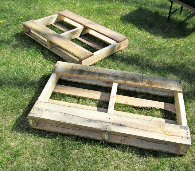 Diy Pallet Garden How To Make Raised Wood Pallet Garden Bed