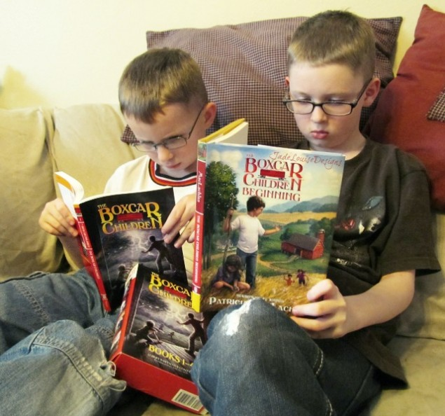 How to Teach Children to love reading books; Developing a love of reading in children.