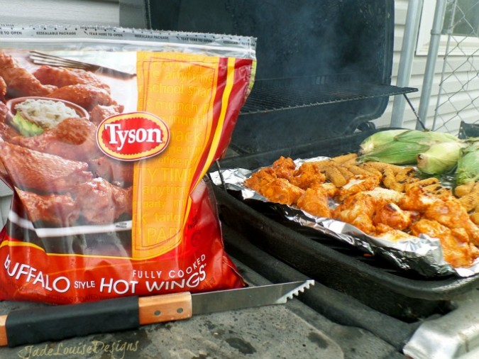 Summer grilling for Father's Day with Tyson Buffalo Style Chicken Wings #MealsTogether #Shop