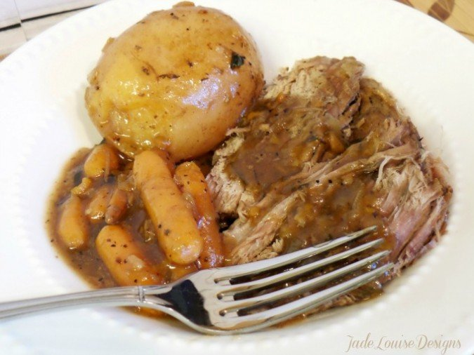 Easy New England Pot Roast Recipe Easy meal Kit solutions for Busy moms. #kraftrecipemakers #shop