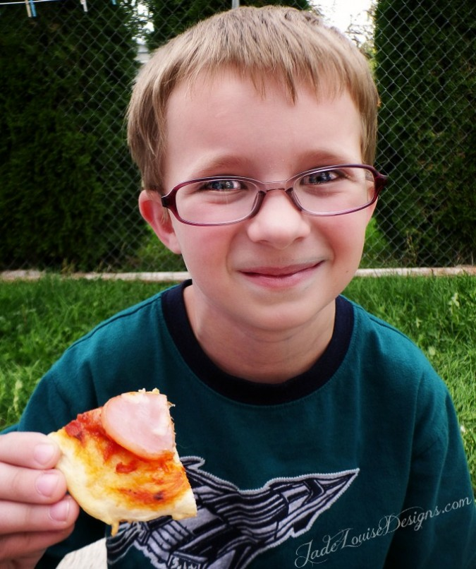 Back to School Easy Dinner Ideas & Tips Plus Grands! Mini Pizza Recipe #PillsburyBiscuits #sponsored