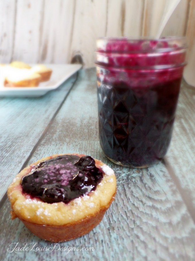No Sugar Blueberry Sauce Recipe with Huckleberry variation delicious Sugar free Berry Syrup recipes