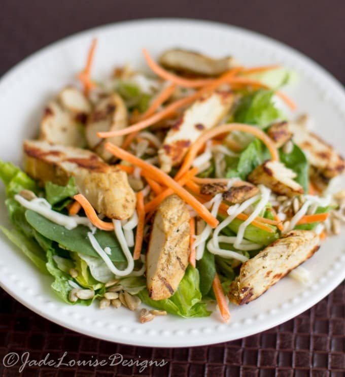 Express Chicken Caesar Salad Recipe; A healthy and Fresh Express lunch full of flavor. #saladswap #momsmeet