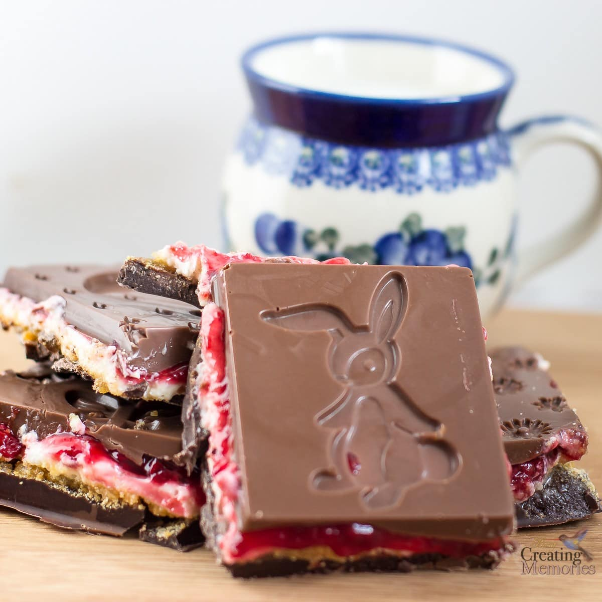 Raspberry Chocolate No Bake Cheesecake bars