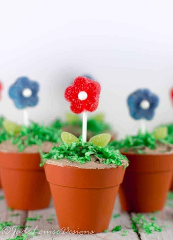 Flower Pot Cupcakes for Spring |Simple Creative baking