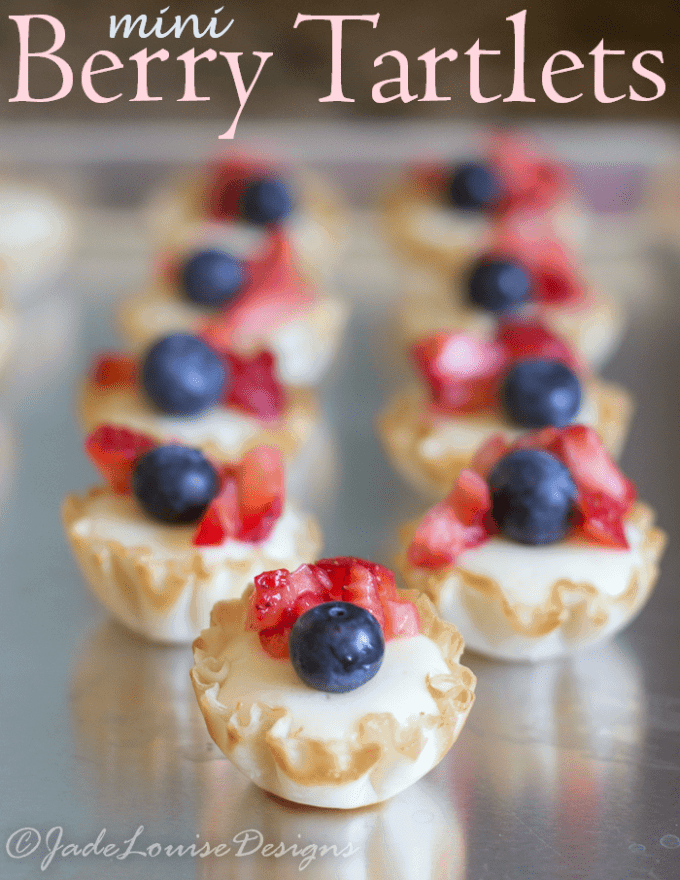Berry Tartlet Recipe; Perfect Summer dessert with fresh fruit! #freshfuitbowl #BBBProduct