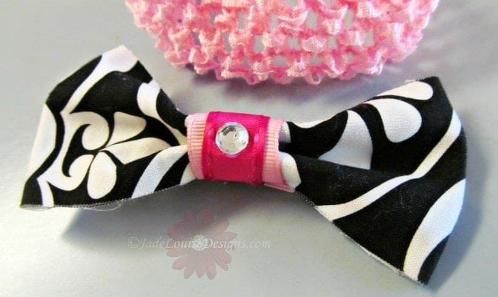 DIY Crafts Fashion Fabric hair bow No sewing Required.
