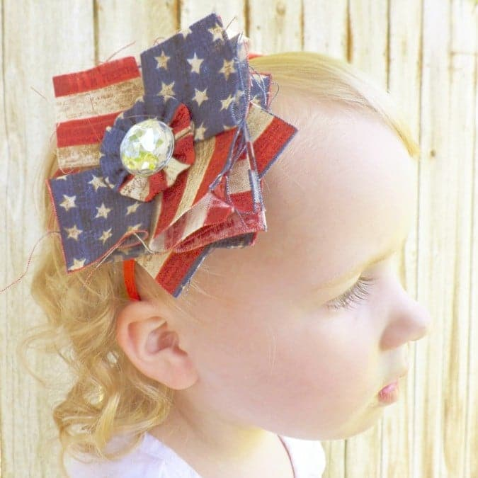 Boutique Bows, DIY Patriotic Patchwork Fabric Posy Headband and Hair bow tutorial #crafts