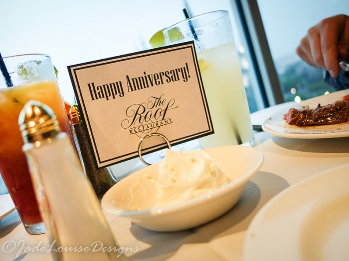 How to plan the best Anniversary Getaway | Top Anniversary Ideas