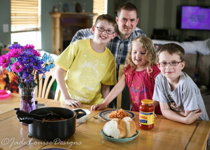 Family Dinner Traditions for a Happier Family
