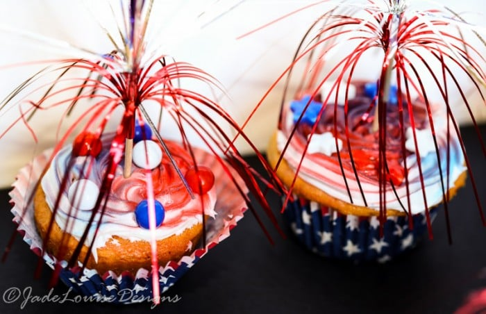 Easy 4th Of July Cupcakes with Sweetworks Candy