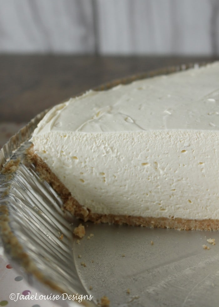 Thick and creamy no bake cheesecake