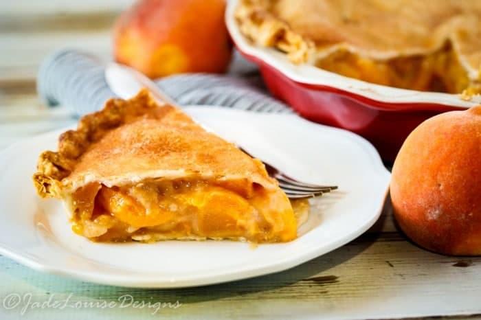 Fresh peach pie recipe with cinnamon sugar crust for Peach pie recipe with canned peaches