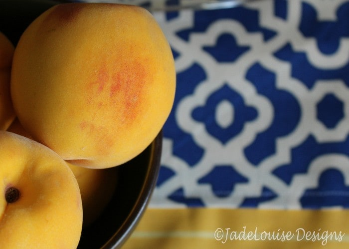 Fall Table Runner and peaches - easy sew tutorial