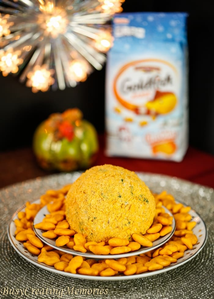 Easy Bacon Ranch Cheeseball with Goldfish Crackers