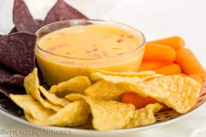Easy Queso Cheese Dip