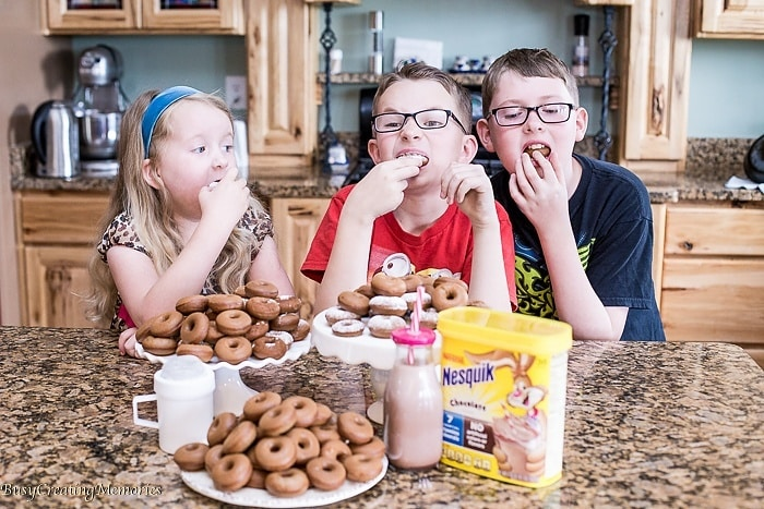 Doughnuts for Breakfast! Mini Chocolate Donut Recipe