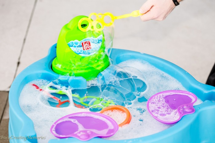 Step2 Big Bubble Splash Water Table - Sensory Play for Kids of all Ages!