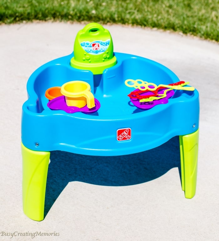 Step2 Big Bubble Splash Water Table   Sensory Play For Kids Of All Ages!