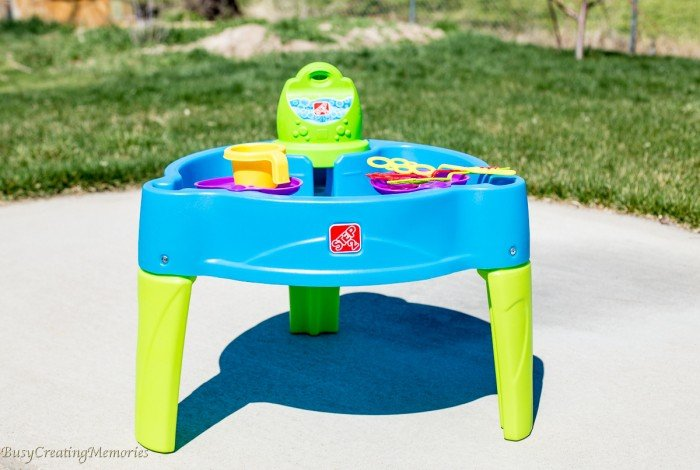Good Step2 Big Bubble Splash Water Table   Sensory Play For Kids Of All Ages!