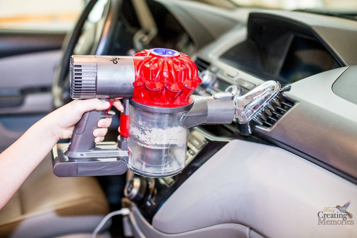 easy car interior cleaning with dyson v6 cordless vacuum. Black Bedroom Furniture Sets. Home Design Ideas