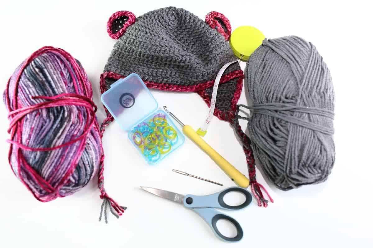 Easy Bear Crochet Baby Hat patternv