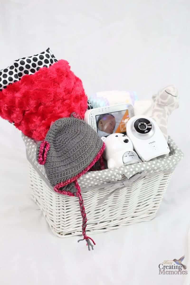 Easy Bear Crochet Baby Hat pattern