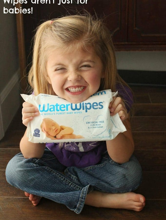 5 Reasons Why Moms Should Carry Wipes Even When They Don't Have Babies