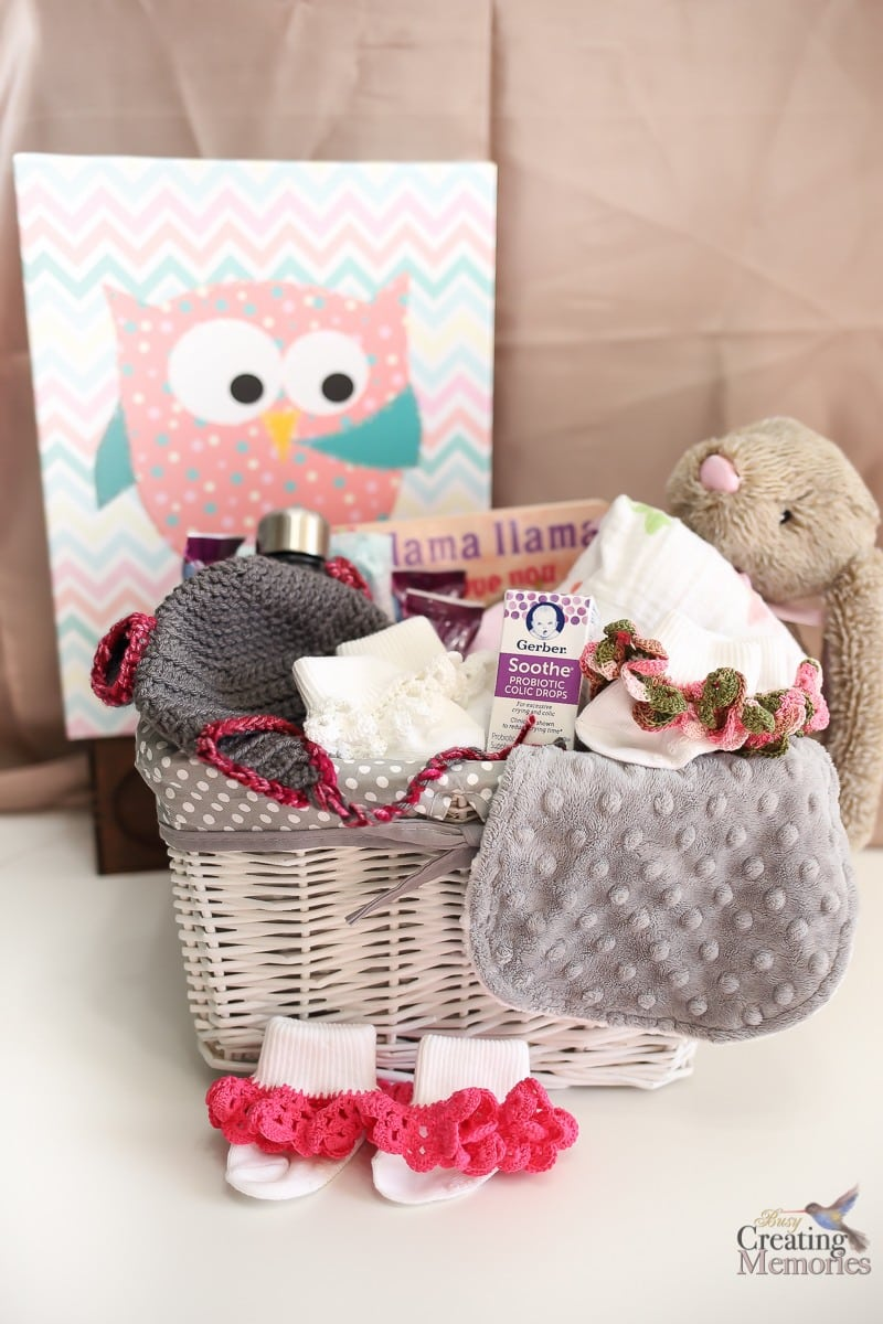 How to create the BEST Newborn Gift Basket that Mom will love!