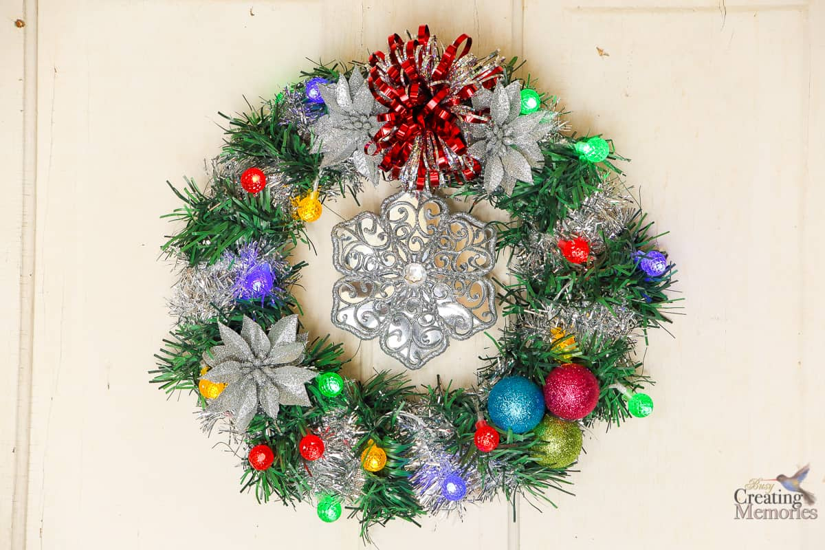How to make an easy diy lighted christmas wreath for under 20 Simple christmas wreaths