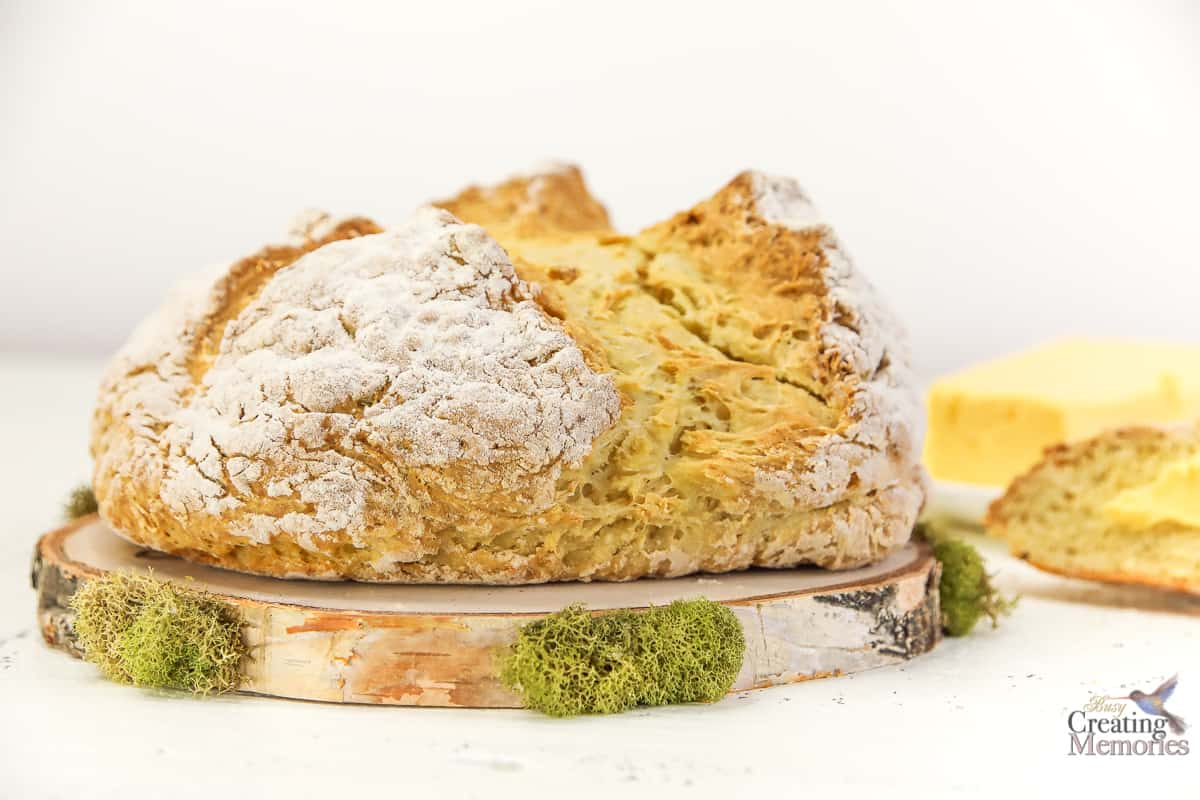 Authentic Easy Irish Soda Bread Recipe Traditional Modern Ingredients