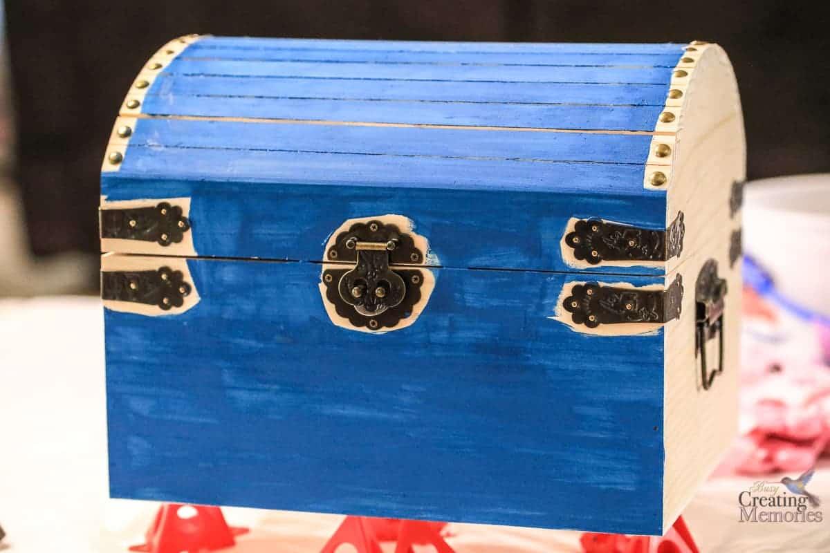 Easy DIY Kids Wooden Treasure Chest Box for treasured items